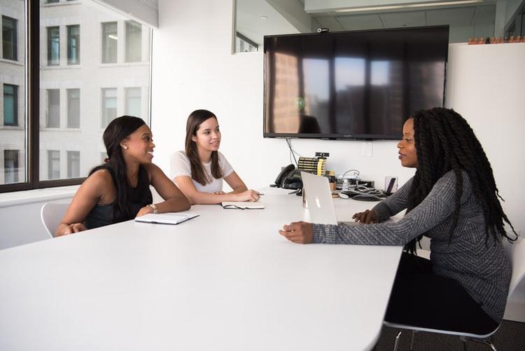 Tipos de entrevista: estruturada, não-estruturada e semiestruturada