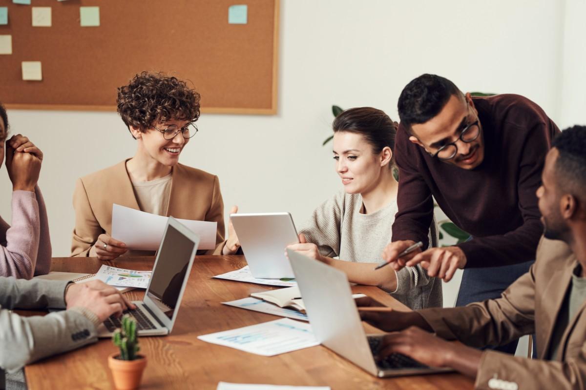 Contratação de novos funcionários: como saber quando buscar colaboradores